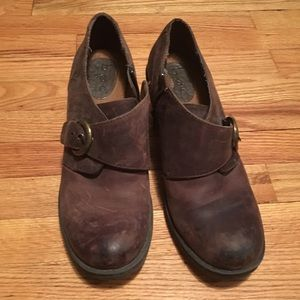 nnw b.o.c. brown oiled-leather ankle boots